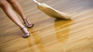 harga lantai kayu laminate
