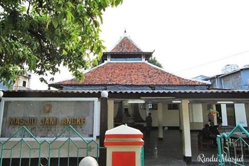 Sejarah Masjid Al-Anwar di kelurahan Angke