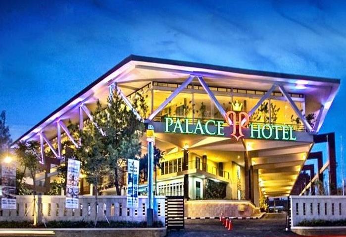 Berbagi Pengalaman Menginap di Palace Hotel Puncak
